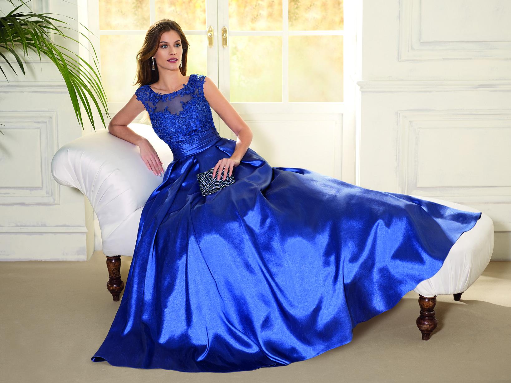 e965fa00c Vestido fiesta azul noche 6026 Fara Fiesta.