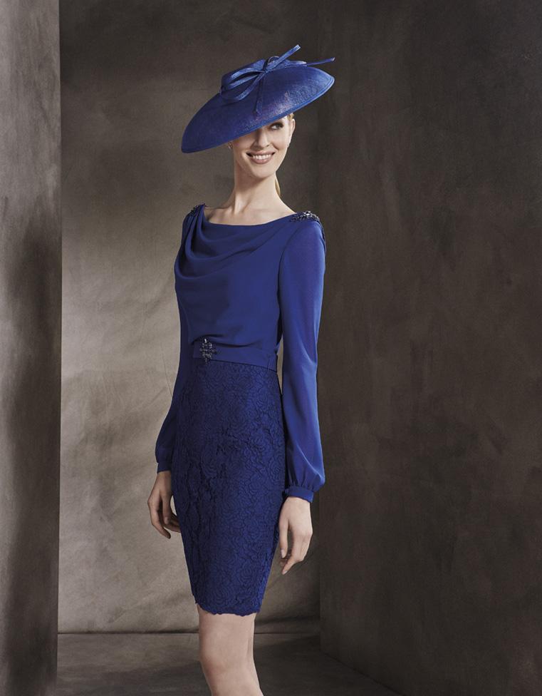 vestido corto azul madrina de encaje y gasa con pedreria
