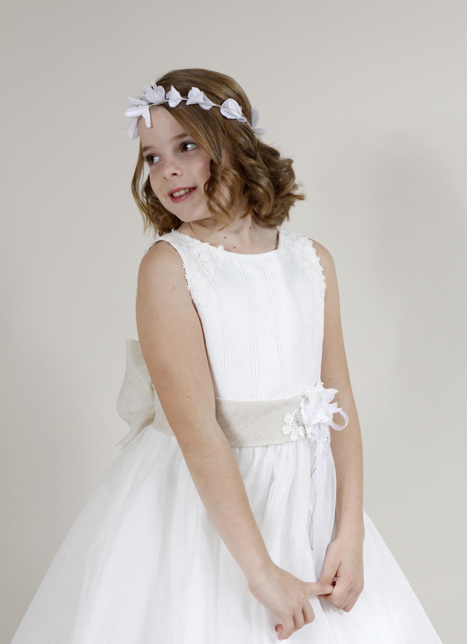 vestido de comunión niña con espalda abierta