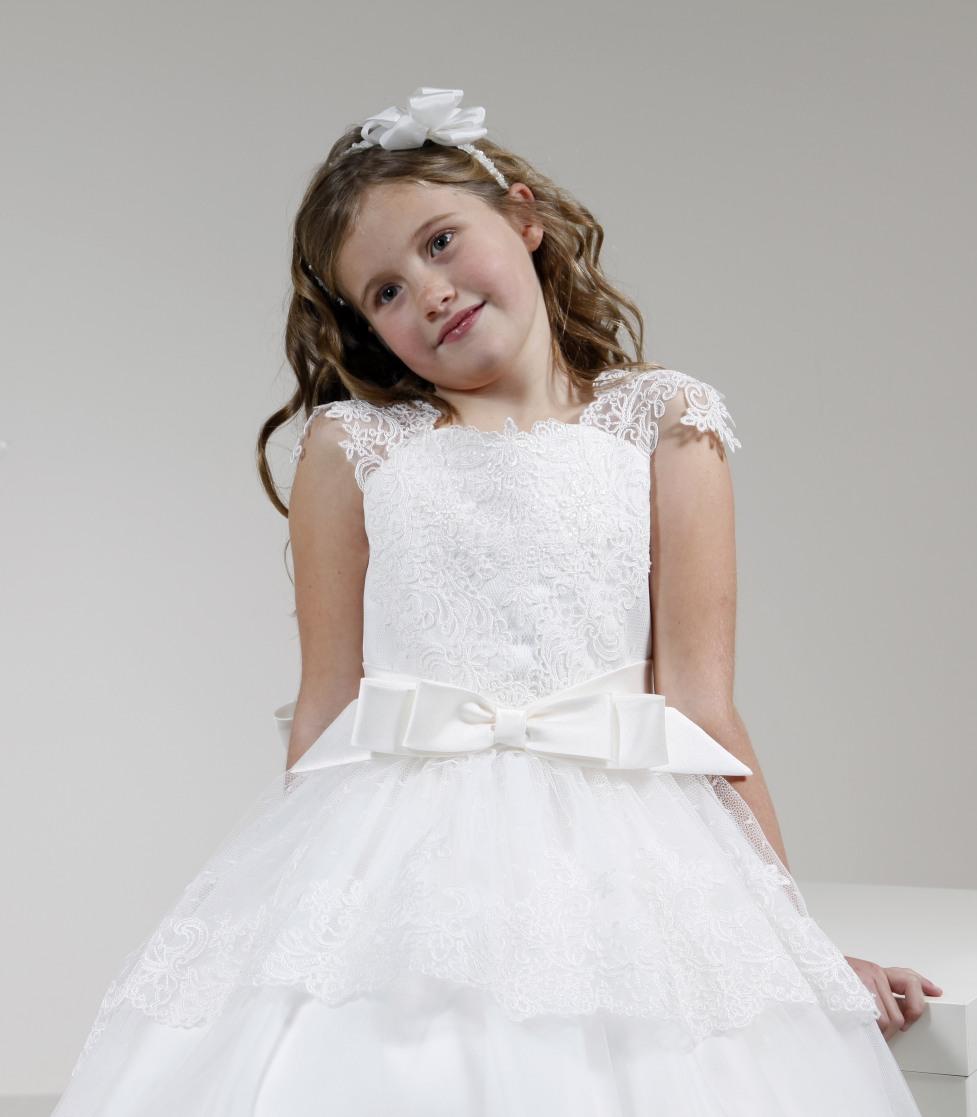 vestido de comunión falda tul