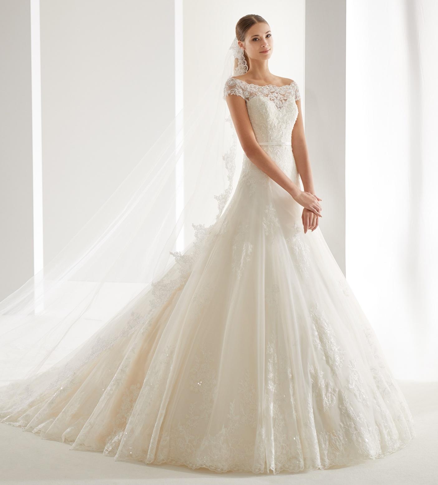Vestido de novia de la firma Aurora-Nicole modelo AUAB19952