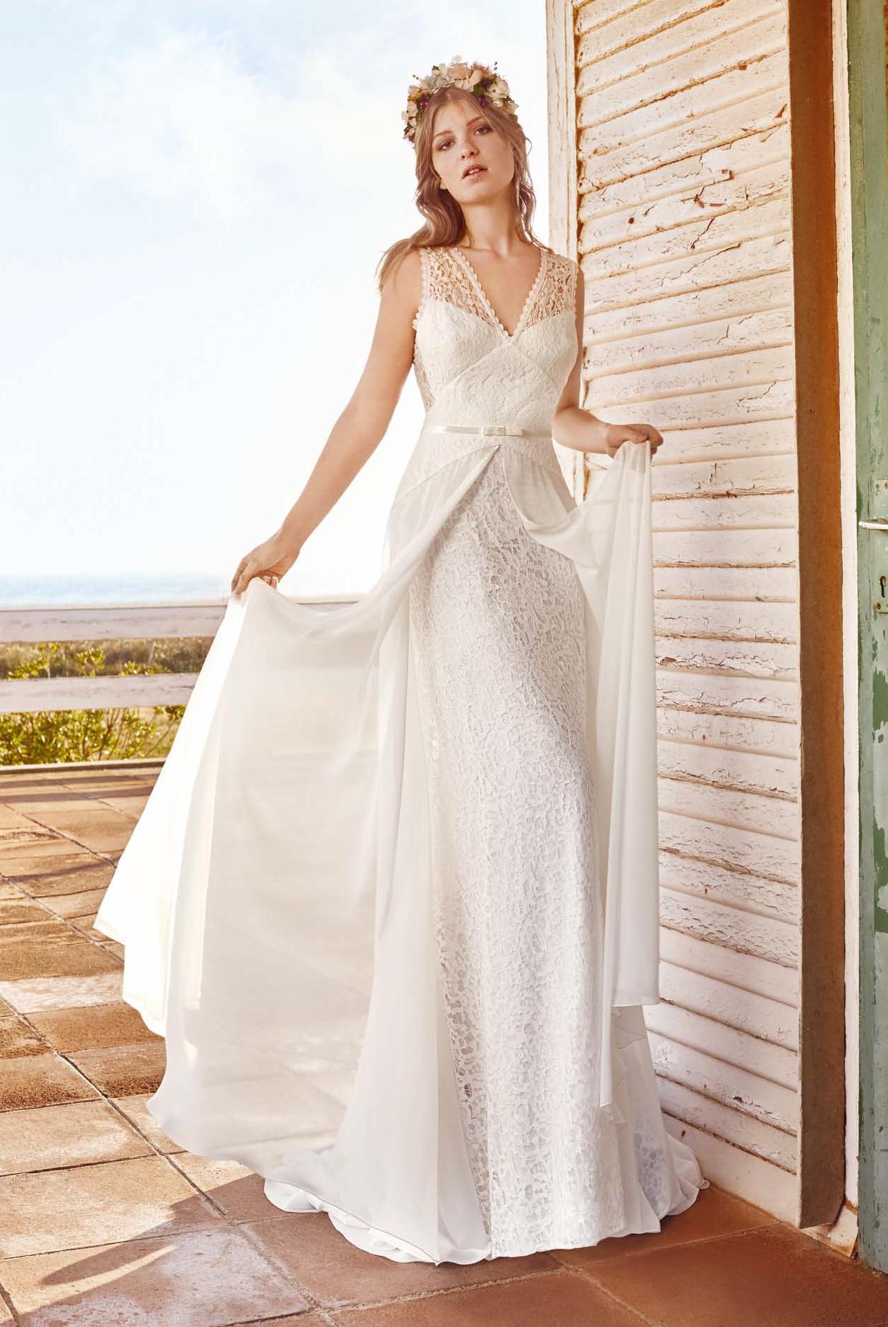 vestido de novia de Raimon Bundo estilo Boho