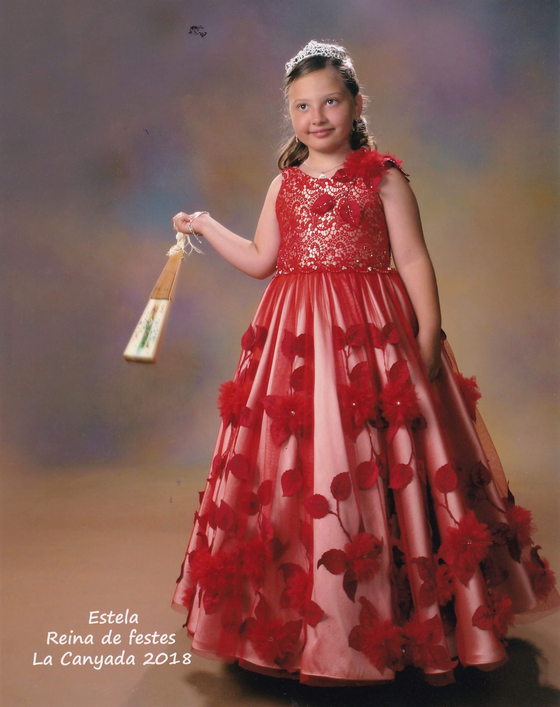 vestido de reina de fiestas infantil