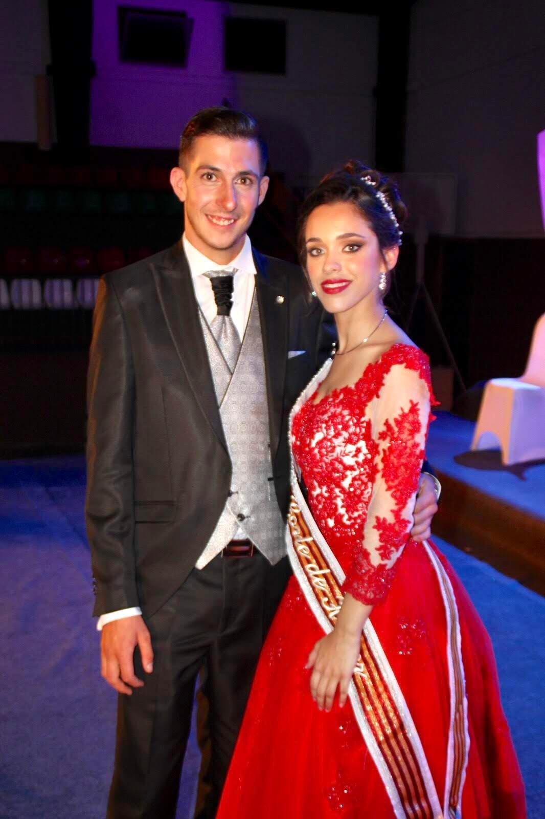 vestido rojo de festera
