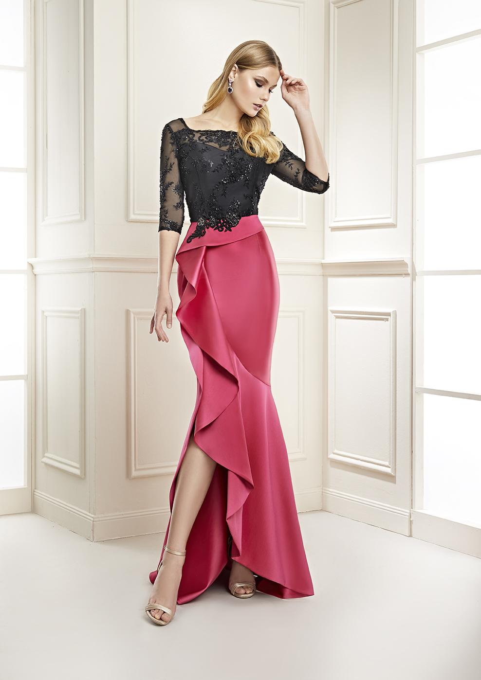 vestido largo falda roja y cuerpo negro